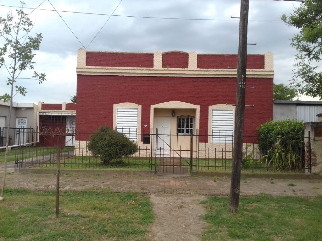 Santa Fe 1249, El Trébol